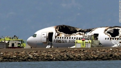 131 persons killed in two twin aviation accidents