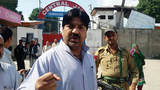 Hilal War shifted to central Jail, Yasin Malik released after six days